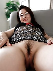 Nude Asian Women